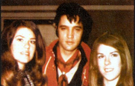 Elvis - Rebirth of the King